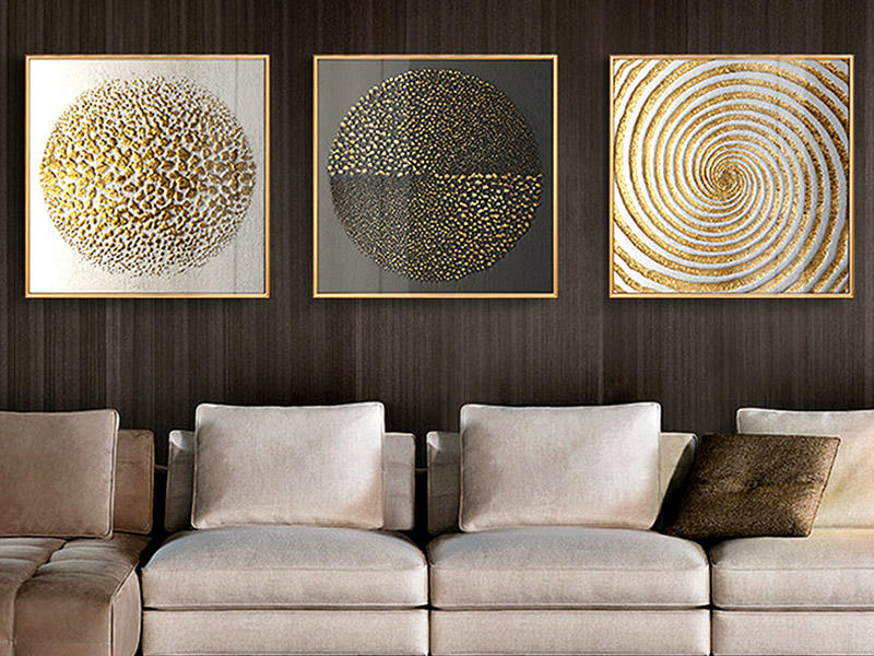 Gold foiling for wall pictures