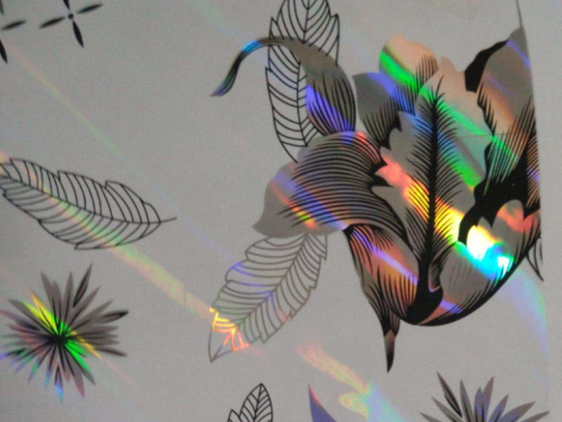 Holographic film for gift packing